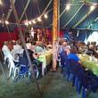 Koncert inne i det stora tältet vid Steninge visfestival